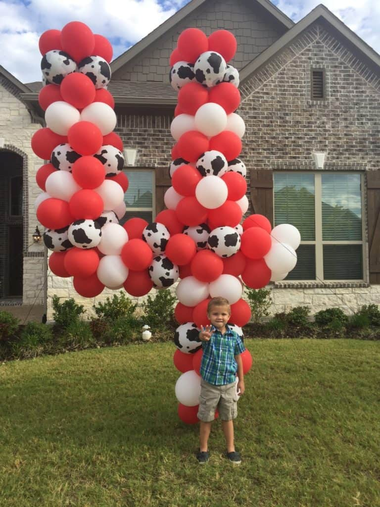yard balloon number 4